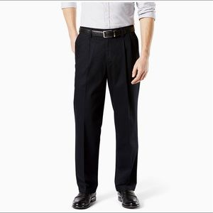 Dockers Signature Relaxed Fit Black Dress Pants